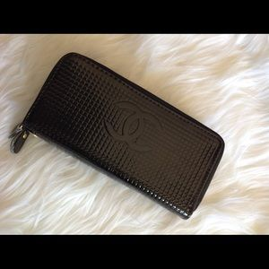 Large black double zip wallet, new without tags